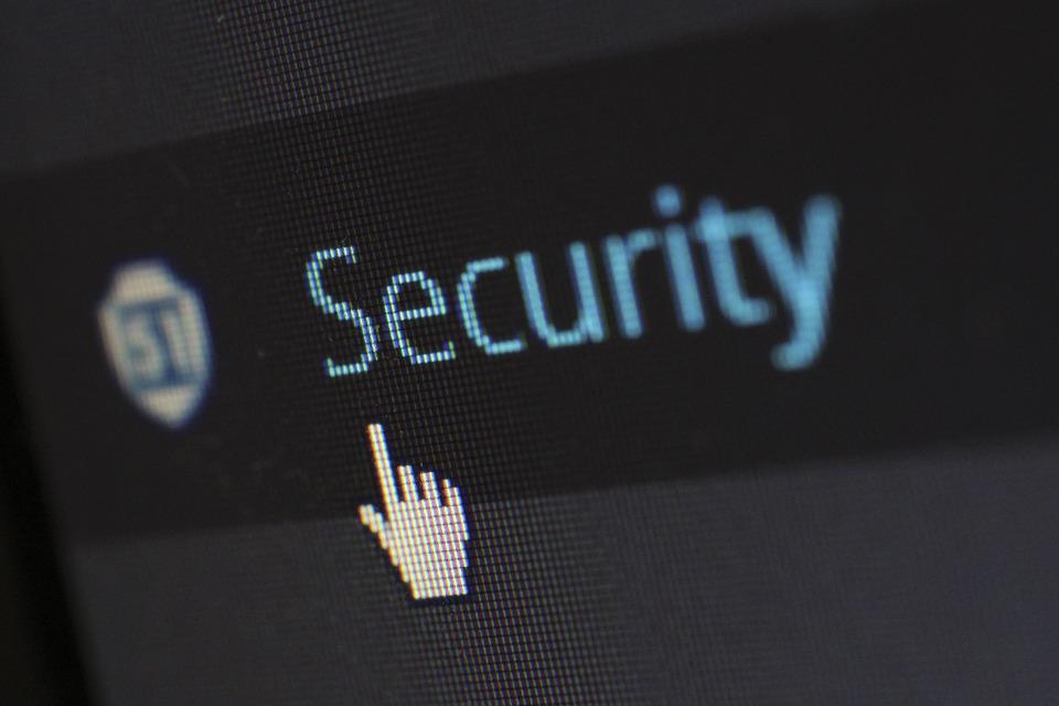 prévenir les pirates informatique